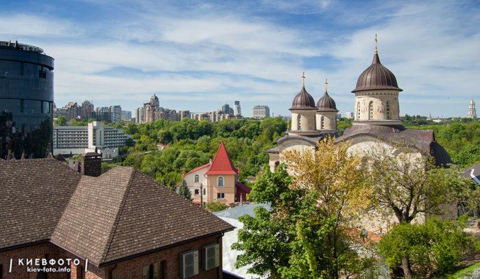 Архангело-Михайлівський Звіринецький монастир. Фотографія