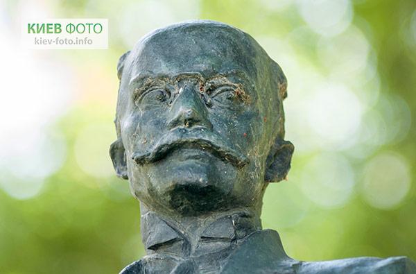 Пам'ятник Біляшівському Миколі Федотовичу