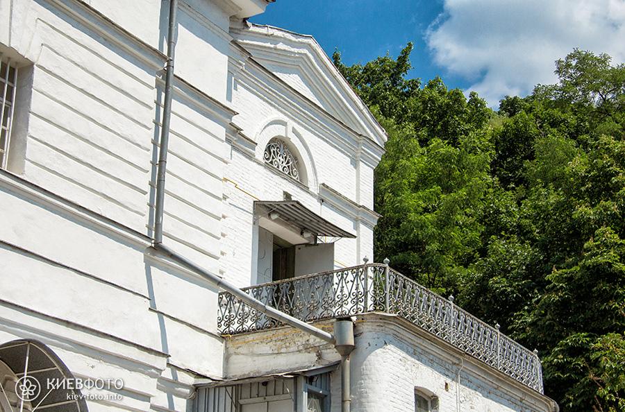 Хрестовоздвиженська церква на Подолі