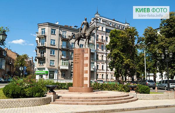 Пам'ятник Захисникам кордонів Вітчизни всіх поколінь