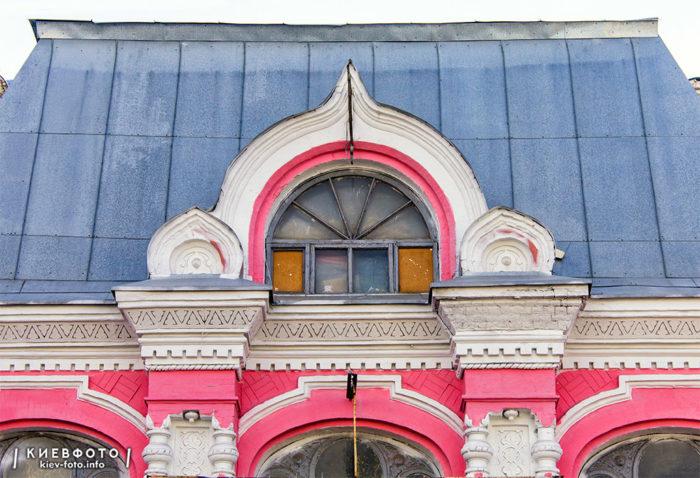 Дегтярівська 5. Лук'янівський народний будинок. 1900-02 рр.
