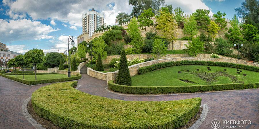 Парк Гейдара Алієва в Києві