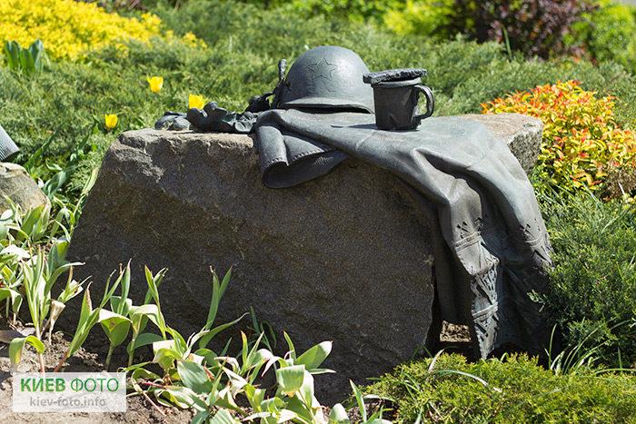 Пам'ятник воїнам-визволителям на Оболоні