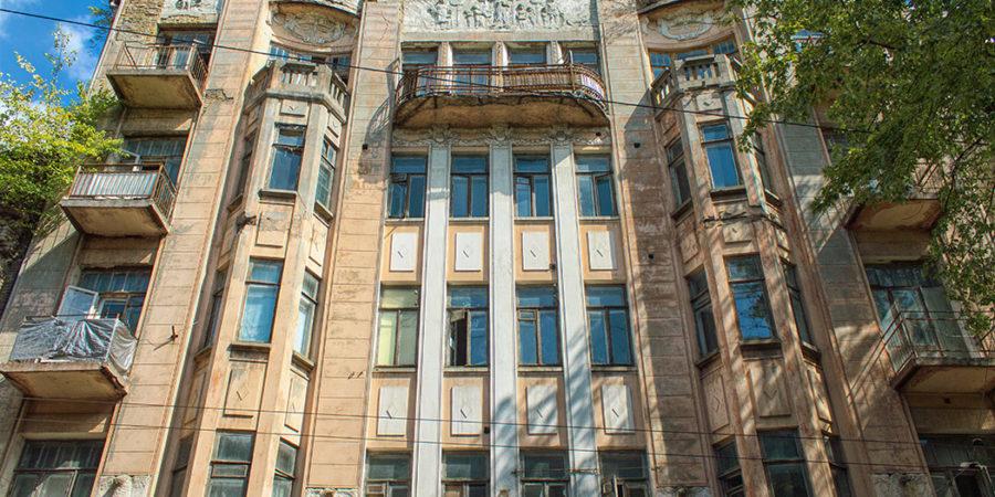 Мала Житомирська 12. Будинок 1909 р.